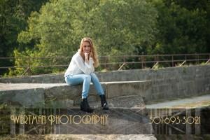 senior picture outdoors