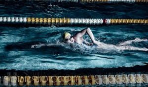 swimming free